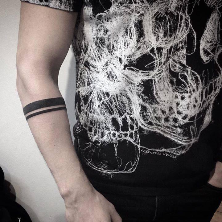 Tatuaje Brazalete Brazo Great Tatuajes De Brazaletes Pequeos En El