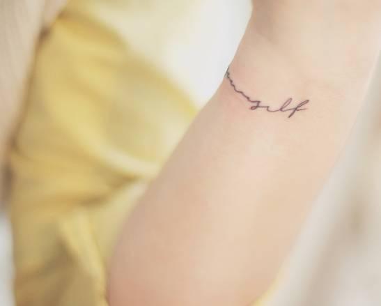 "Tatuaje Love Yourself love yourself"" tattoo on the wristseoeon."