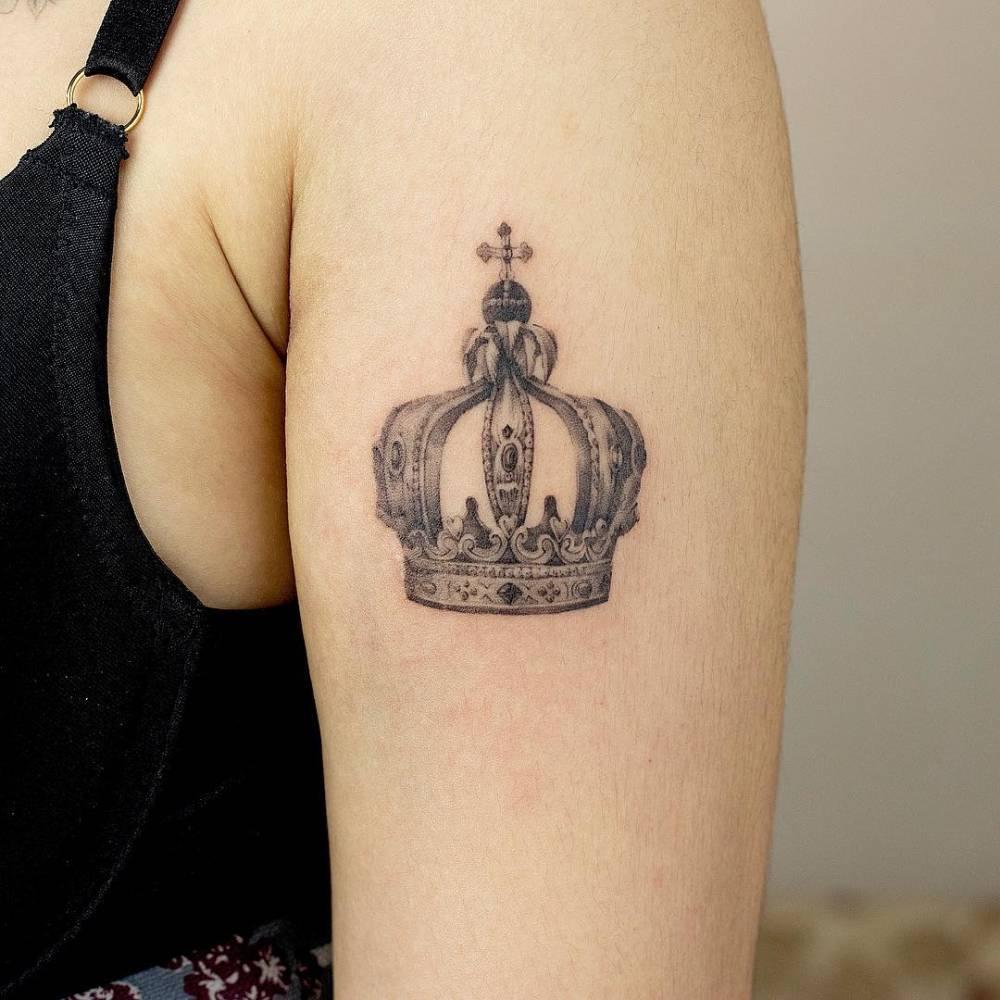 Antique Crown