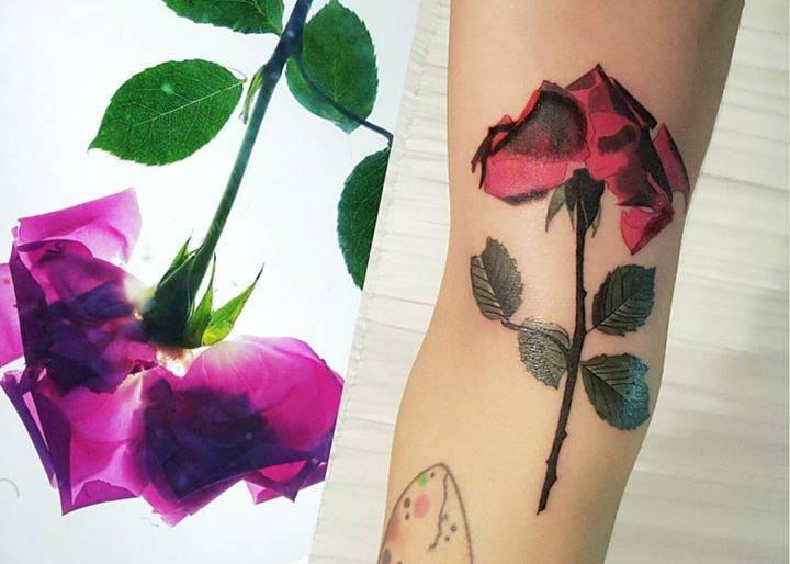 Pressed flower rose for Kimalisa.