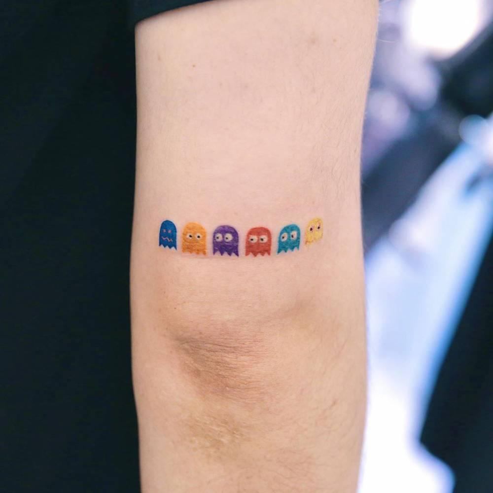 ?????  tattooist fern