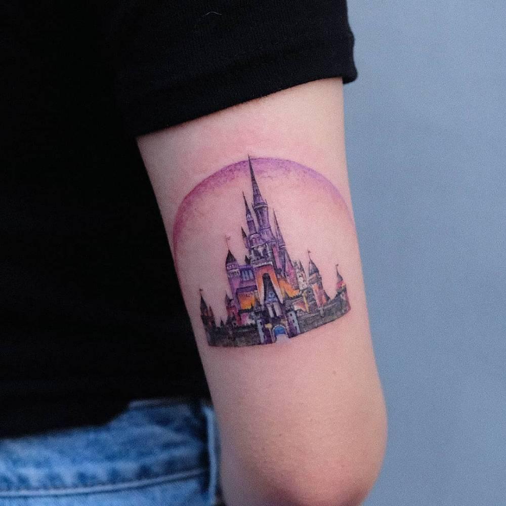 Disney Castle  보라빛 디즈니 성을 원하셨어요!  1년만에 찾아와주셔서 고마워요 : )