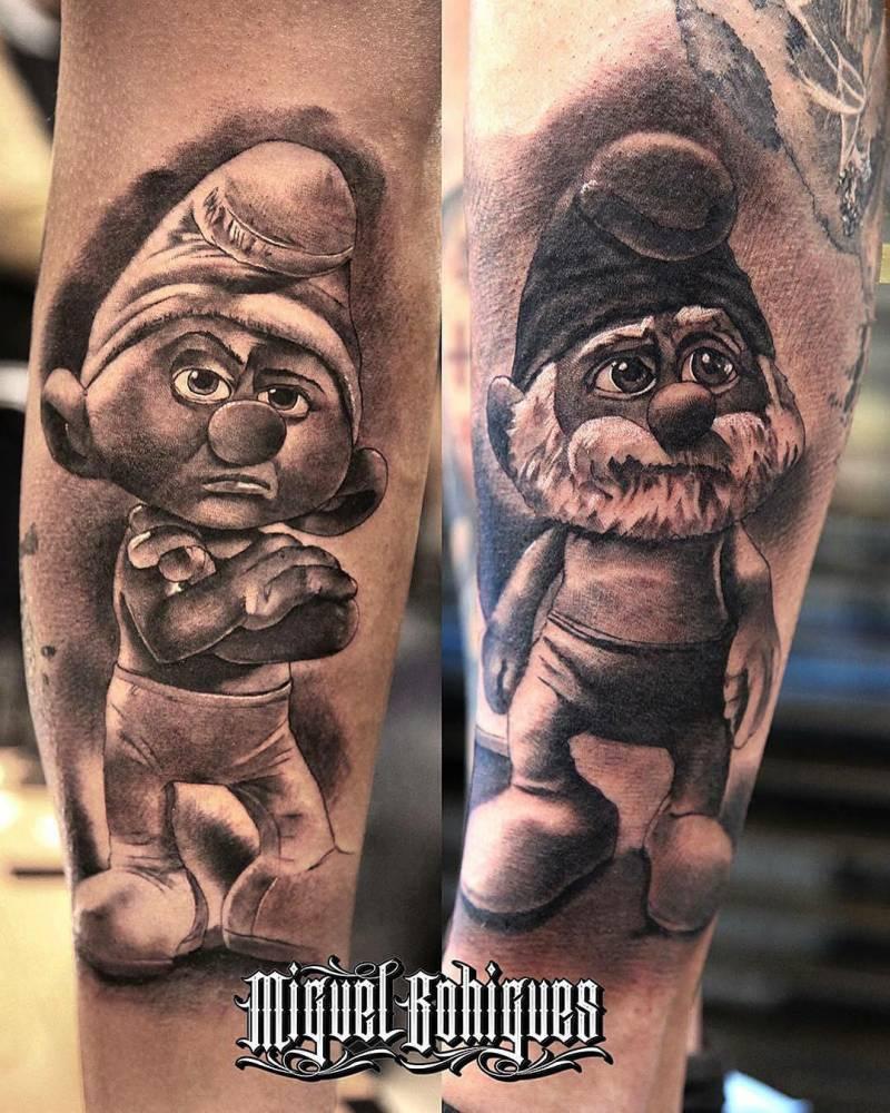 Tatuajes En El Gemelo Y El Antebrazo De Los Pitufos - Tattoo-gemelos