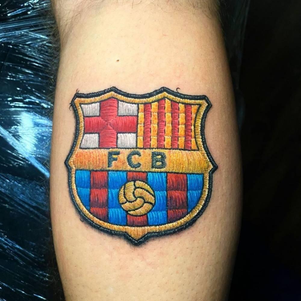 Vir para Barcelona e nao fazer o escudo do Barça nao vale!