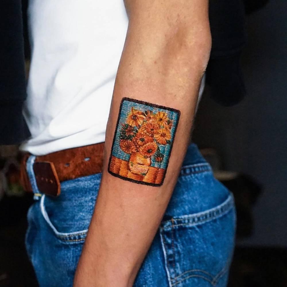 Dark skin, but looks great, right? Van Gogh - Sunflowers embroidery Спасибо Егору, что приехал из Питера