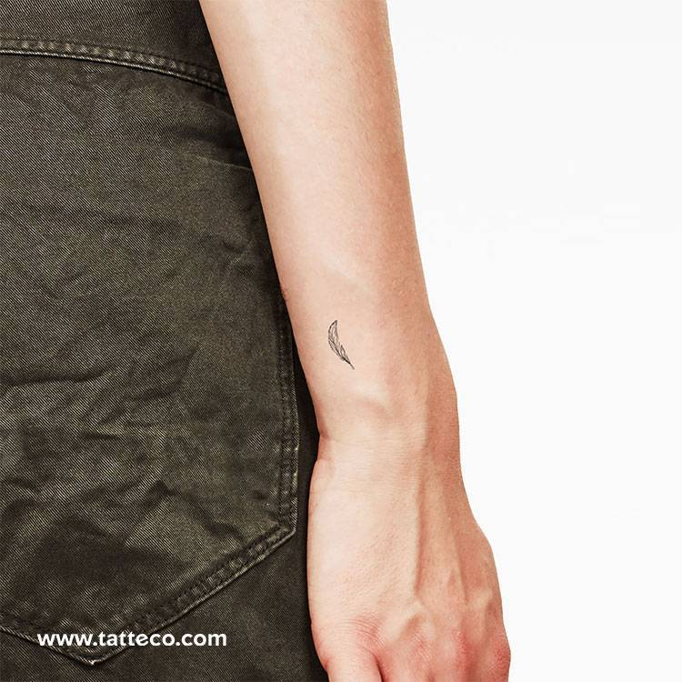 Feather temporary tattoo, get it here ►