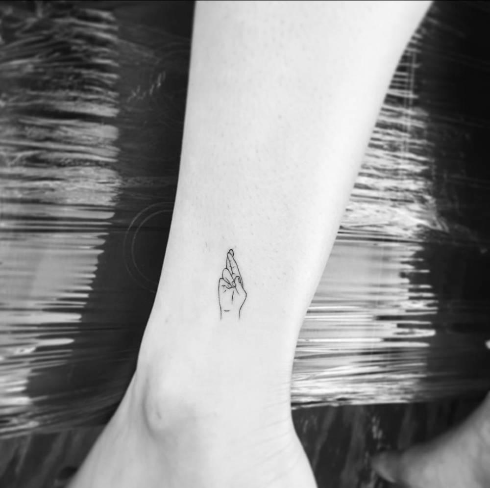 6dad9c5c6 Tattoo Styles: Fine Line Tattoos