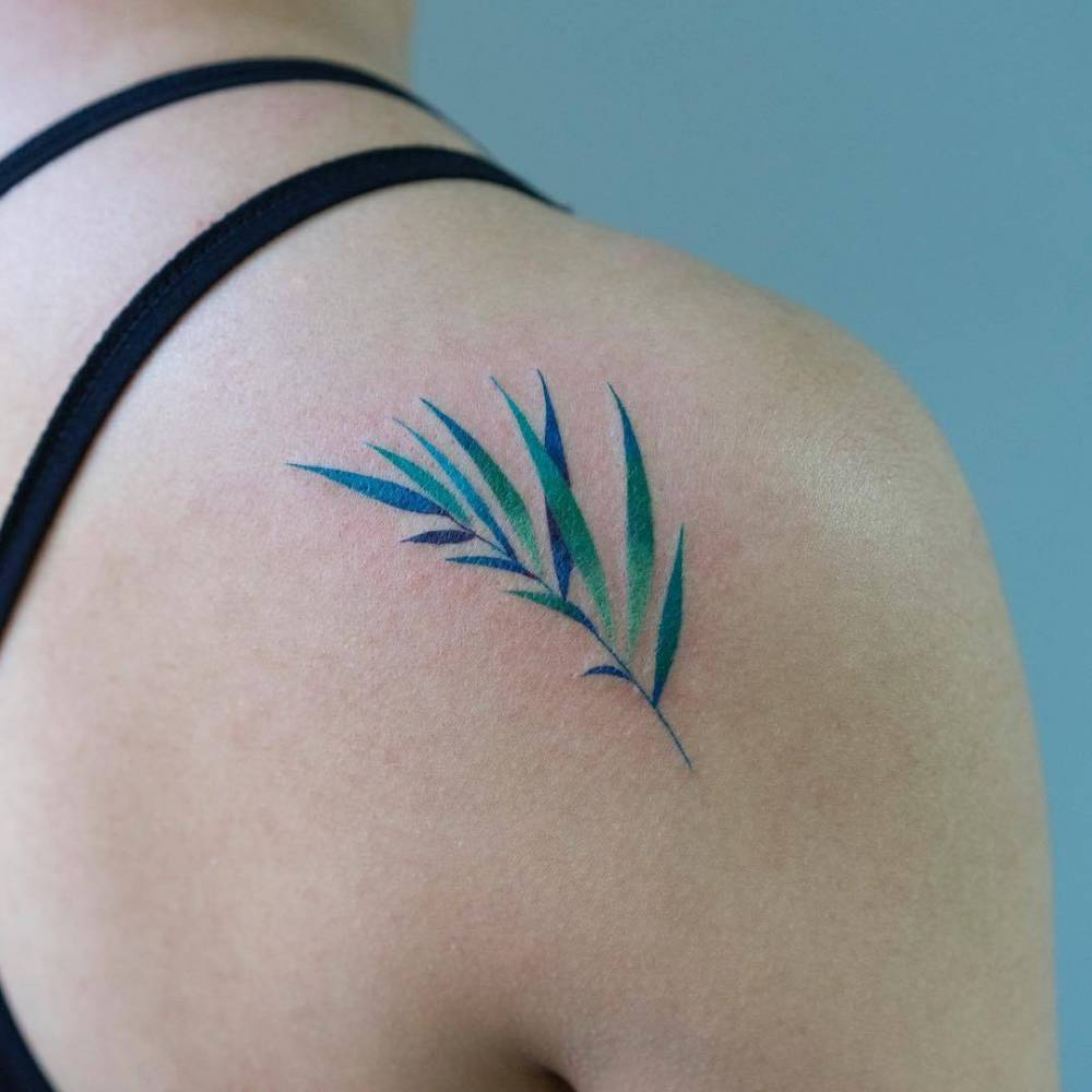 Palm Leaf Tattoo On The Right Shoulder Blade Tatoos medium tattoos tattoos skull pretty tattoos beautiful tattoos future tattoos. palm leaf tattoo on the right shoulder