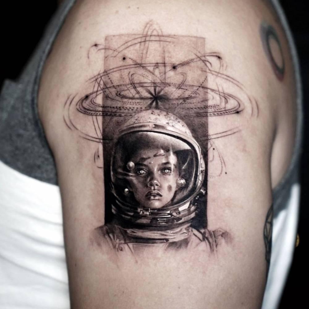 Micro-realistic Astronaut tattoo - original artwork by Aykut Aydoğdu.