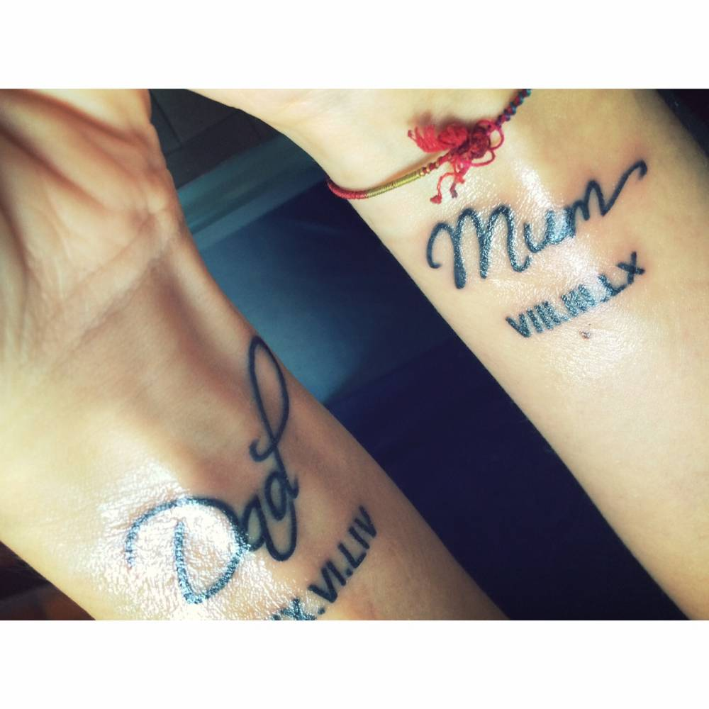 Mum And Dad Tattoo: Dad And Mum Tattoo On Andrea's Wrists