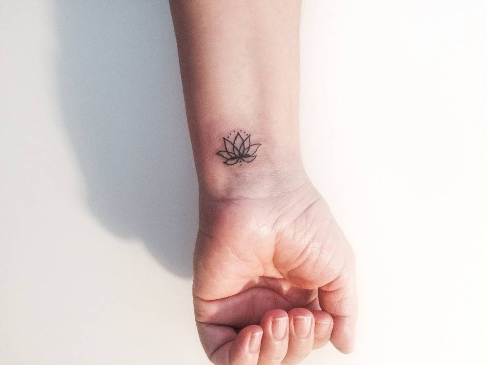 Simple Lotus Flower Tattoo Tumblr 7464 Usbdata