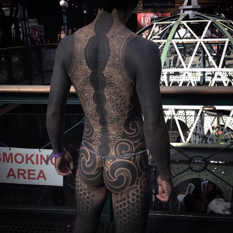 Blackwork japanese geometric body suit for Blackout tattoo back