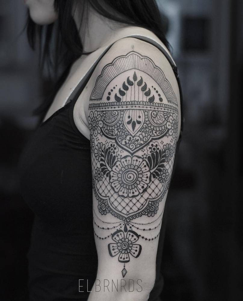 Henna And Lace Inspired Tattoo On The Left Upper Arm